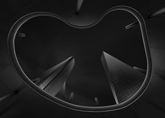 Dos torres (F&S Photos) Tags: bw bn black white blanco negro arquitectura architecture fine fineart edificios madrid cuatrotorres monocromo monochrome perspectiva luces sombras buildings