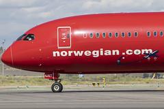 IMG_8992 (Pablo_90) Tags: plane planespotting lemd mad spo spotting airbus bo boeing a320 a330 a380 b737 b787 airport aircraft