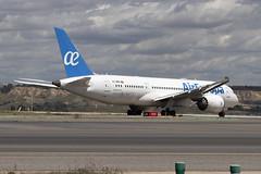 IMG_8548 (Pablo_90) Tags: plane planespotting lemd mad spo spotting airbus bo boeing a320 a330 a380 b737 b787 airport aircraft