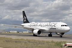 IMG_8422 (Pablo_90) Tags: plane planespotting lemd mad spo spotting airbus bo boeing a320 a330 a380 b737 b787 airport aircraft