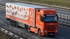 PL - Dünya MB New Actros Gigaspace (BonsaiTruck) Tags: dünya mb actros lkw lastwagen lastzug truck trucks lorry lorries camion caminhoes