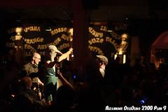 Les vainqueurs sont récompensés_DSC4461 (achrntatrps) Tags: valentinedeluxe conférence boobs 2300plan9 etrangesnuitsducinéma templeallemand nikon d4 films movies cinéma alexandredellolivo radon achrnt atrps achrntatrps radon200226 lachauxdefonds suisse schweiz switzerland svizzera suisa 2019 silentdisco sang gore meules seins sexe blackmetal tits festival alternatif