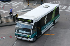 Shuttle off (SelmerOrSelnec) Tags: solutionssk brookfield freshfield stockport optare solo mx03ehc metroshuttle stockportshuttle 300 timeline bus