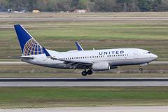 N14704 - 1998 build Boeing B737-724, arriving on Runway 08R at Houston (egcc) Tags: 0704 28765 43 b737 b737700 b737724 b737ng boeing bush houston iah intercontinental kiah lightroom n14704 staralliance texas ua ual united unitedairlines