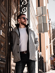 Herman_20190421_2108 (roni.laakso94) Tags: herman turku outdoor finland city sights nature moody yellow orange sunny spring photoshooting model man sunnies sunglasses photography varsinaissuomi forest