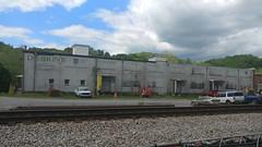 DESKIN'S WAREHOUSE (SneakinDeacon) Tags: deskinssupermarket warehouse grocerystore abandonedbuilding