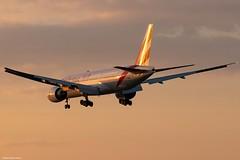 Emirates (czirokbence) Tags: airplane airliner aircraft jet jetliner planespotter planespotting spotter lhbp canon eos 80d emirates boeing 777 sunset