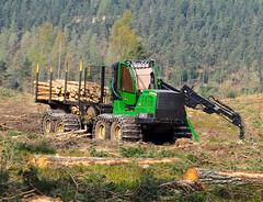 Easter egg hunt. (HivizPhotography) Tags: john deere 1910g forwarder chains forest forestry trees logs timber sun hot machine green uk scotland harvesting