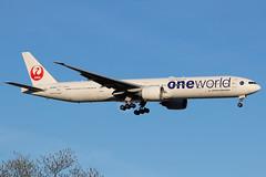 JA732J | Boeing 777-346ER | Japan Airlines - JAL (Oneworld) (cv880m) Tags: newyork kennedy jfk kjfk aviation airliner airline aircraft airplane jetliner airport ja732j boeing 777 773 777300 777346 jal japan japanairlines oneworld triple7 tripleseven
