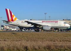 D-AKNR, Airbus A319-112, c/n 1209, Germanwings, CDG/LFPG, 2019-02-17, an hour or so later, taxiway Alpha-Loop, heading to runway 27L. (alaindurandpatrick) Tags: a319100 a319 airbus airbusa319 airbusa319100 microbus jetliners airliners 4u gwi germanwings airlines cdg lfpg parisroissycdg airports aviationphotography daknr cn1209