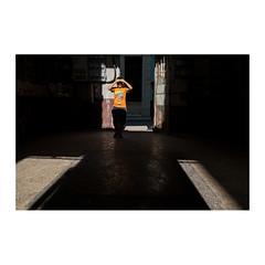 """""""Alasalagou"""" (>> Anne) Tags: tataouane cuba workshop emmanuelsmague lahavane enfant child ombre shadows lumière light"""