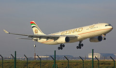 Airbus A330 ~ A6-AFF  Ethiad (Aero.passion DBC-1) Tags: spotting 2012 cdg roissy airport aeropassion avion aircraft aviation plane dbc1 david biscove airlines airliner airbus a330 ~ a6aff ethiad