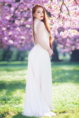 Anne-Sophie (Foto Spirit) Tags: shooting model woman femme glamour beautiful mode blossom dress redhair white