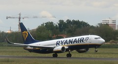 EI-ENA  Boeing 737-800 Ryanair  BLQ 150519 (kitmasterbloke) Tags: blq bologna marconi italy aviation airliner aircraft outdoor transport