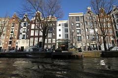 Amsterdam2014_288 (schulzharri) Tags: amsterdam holland niederlande netherlands europ europe water building house haus sun sonne sky himmel blau blue