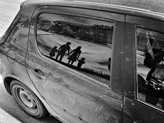 family car (nVa17) Tags: hipstamatic street streetphoto streetphotography iphoneonly mobilephotography bnw bw blackandwhite blackwhite blackandwhitephotography car family may may2019 spring perm пермь russia everydayrussia