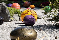 """Niijima Floats (Mabacam) Tags: 2019 london kew """"kew gardens"""" """"reflections nature"""" exhibition chihuly """"dale chihuly"""" installation """"art installation"""" """"architectural glass steel niijimafloats creative colour outdoors"""