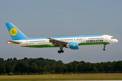 VP-BUD (PlanePixNase) Tags: aircraft airport planespotting haj eddv hannover langenhagen usbekistan boeing 757200 757 b757
