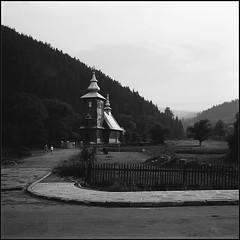 *** (Czesław Wojtkowski) Tags: square 6x6 mediumformat wzfostart tlr 120 monochrome rollfilm blackandwhite bw landscape church architecture
