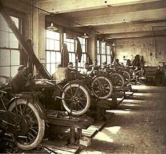 fábrica original de motocicletas Harley-Davidson (1924). (Txemari - Argazki.) Tags: