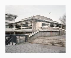 Cologne, 2019 (Darius Urbanek) Tags: 120 6x7 cologne germany kodak köln mamiya7 portra400 analog architecture brutalism color concrete film mediumformat