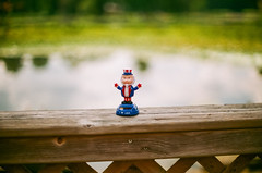 Uncle Sam : Nikon FE2 (guido1515) Tags: uncle sam patriot river summer bokeh 4th july toy nikon fe2 film expired kodak gold filmisnotdead