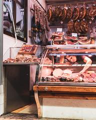 Valencia       Charcutería (JB_1984) Tags: charcutería charcuterie ham jamón meat delicatessen stall market mercado mercadocentraldevalencia woman person valencia valenciancommunity comunidadvalenciana spain españa nikon d500 nikond500