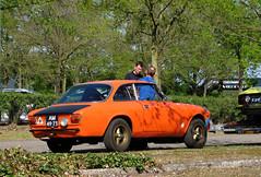 1969 Alfa Romeo GT 1300 Junior (rvandermaar) Tags: 1969 alfa romeo gt 1300 junior alfaromeogt1300junior alfaromeogt alfaromeo alfagt sidecode1 import am4973 bertone
