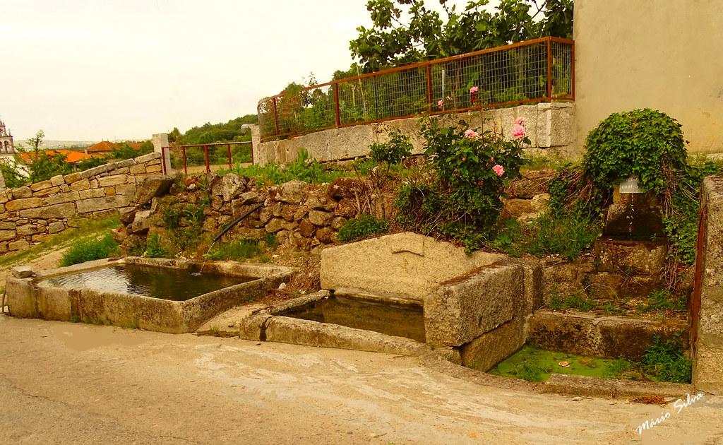 Águas Frias (Chaves) - ... os tanque e a fonte de Cimo de Vila ...