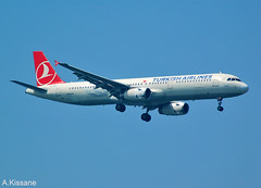 TURKISH AIRLINES A321 TC-JRU (Adrian.Kissane) Tags: outdoors airbus turkish 4788 1042018 a321 tcjru istanbul plane jet aeroplane aircraft sky ataturk landing airliner