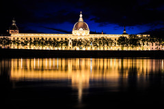 Grand Hotel Dieu (lyrks63) Tags: hoteldieu grandhoteldieu lyon patrimoine buildings building night nightscape nightscapes light france europe