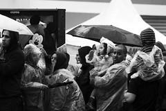 0444 (*Ολύμπιος*) Tags: sãopaulo people persone persons pessoas cidade city città cittè ciudad ciutat street streetphotography streetlife streetphoto gente girl garota giovanni girls garotas fotoderua foto femme domingo domenica daybyday diaadia donna woman women mulher man pb pretoebranco bw biancoenero bn blackandwhite noiretblanc