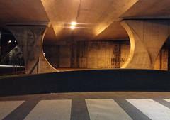 arquitectura y geometría. (Luis Mª) Tags: irún arquitectura paisajeurbano nocturno geometría afiiae bidasoatxingudi
