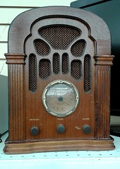 1934 oldie (J. Trempe 3,950 K hits - Merci-Thanks) Tags: electronique electronic vintage radio oldie