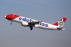 Edelweiss Air Airbus A320-214  HB-JJL (M. Oertle) Tags: edelweissair airbus a320214 hbjjl martinoertle moertle