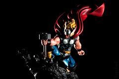 Thor Strike Down | Statue | Bowen Designs (leadin2) Tags: statue marvel bowendesigns bowen designs comics canon 2018 avengers action thor strike down cape classic odinson asgardian asgard the mighty