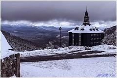 Última nevada sobre el Cucharilla Hilton. (<<<María>>>) Tags: navacerrada madrid españa nieve valle naturalerza natura snow