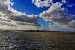(Josè M.Costa) Tags: luz rio river sky nuvens tejo tagus barreiro portugal
