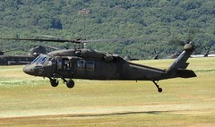 UH-60 (airforce1996) Tags: helicopters helicopter military usmilitary army goarmy usarmy nationalguard pennsylvania aviation aircraft
