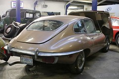 1970 Jaguar E-type 4.2 auto 2+2 (Nivek.Old.Gold) Tags: 1970 jaguar etype 42 auto 22 montana 4148920 aca