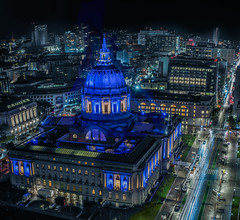 city hall illuminated for the playoff warriors (pbo31) Tags: sanfrancisco california nikon d810 color may 2019 boury pbo31 civiccenter night dark patrix siemer fox plaza cityhall warriors nba sport basketball championships goldenstate blue black over lightstream traffic roadway motion skyline city urban panoramic large stitched panorama