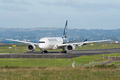 Air New Zealand Boeing 787 (Daniel Talbot) Tags: akl airnewzealand auckland aucklandairport aucklandregion b789 boeing boeing787 boeing7879dreamliner nzaa newzealand northisland teikaamāui zknzd aircraft airplane airplanes airport autumn aviation maker oceania plane season seasons transportation