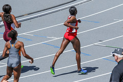 2017_TNR_F0200 (Knox Triathlon Dude) Tags: 2017 run race women briefs bunhuggers hurdles 400m track college varsity usa northamerica 400mhurdles university legs thighs hips woman