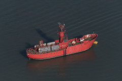 Trinity House Lightvessel 22 (LV 22) - Felixstowe UK aerial (John D Fielding) Tags: lv22 lightship lightvessel felixstowe suffolk uk ship boat red above aerial nikon d810 hires highresolution hirez highdefinition hidef britainfromtheair britainfromabove skyview aerialimage aerialphotography aerialimagesuk aerialview drone viewfromplane aerialengland britain johnfieldingaerialimages fullformat johnfieldingaerialimage johnfielding fromtheair fromthesky flyingover fullframe trinityhouse
