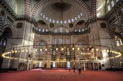 Postales de Estambul (bardaxi) Tags: estambul istanbul turquía turkey europa europe nikon hdr photomatix photoshop interior contraste perspectiva arte arquitectura monumento mezquita luces lights islam historia
