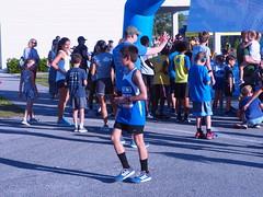 P5091440 (photos-by-sherm) Tags: 5k run runs mile cameron art museum wilmington nc north carolina spring fundraiser crowds children runners