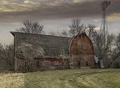 """""""Doubles"""" (henryhintermeister) Tags: barns minnesota oldbarns clouds farming countryliving country sunsets storms sunrises pastures nostalgia skies outdoors seasons field hay silos dairybarns building architecture outdoor winter serene grass landscape plant cloudsstormssunsetssunrises stanchfieldmn"""