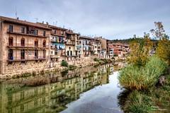 Vall-de-roures i el Riu Matarranya (II). Teruel (Abariltur) Tags: abariltur castellón spain nikond90 afsdxnikkor1024mmf3545ged reflejos comarcadelriumatarranya riumatarranya ríomatarraña valderrobres vallderoures pontdesantroc portaldesantroc aragón teruel