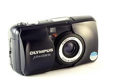 Olympus Mju Zoom 105 (Zut! Photographie) Tags: olympus mju argentique