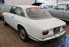 UOA 553L (Nivek.Old.Gold) Tags: 1972 alfa romeo gt 1600 junior aca